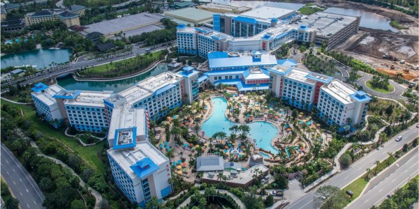 Universal Sapphire Falls - Terry's Electric